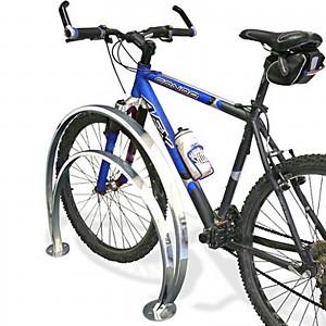 Edelstahl Fahrradständer für 2 Räder unterschiedlicher Höhen für den öffentlichen Bereich