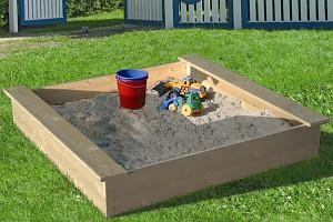 Sandkasten mit Abdeckhaube - 180x180cm
