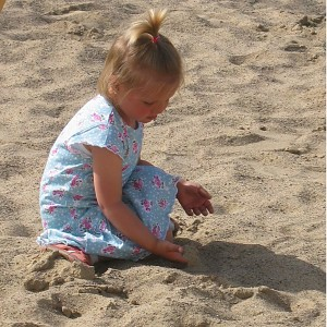 Sandkasten Spielsand 75kg