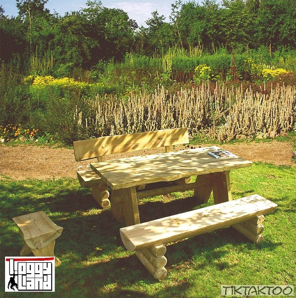 gartenm bel holz sitzgruppe gartenbank gartentisch hocker tisch massiv ab 79 ebay. Black Bedroom Furniture Sets. Home Design Ideas